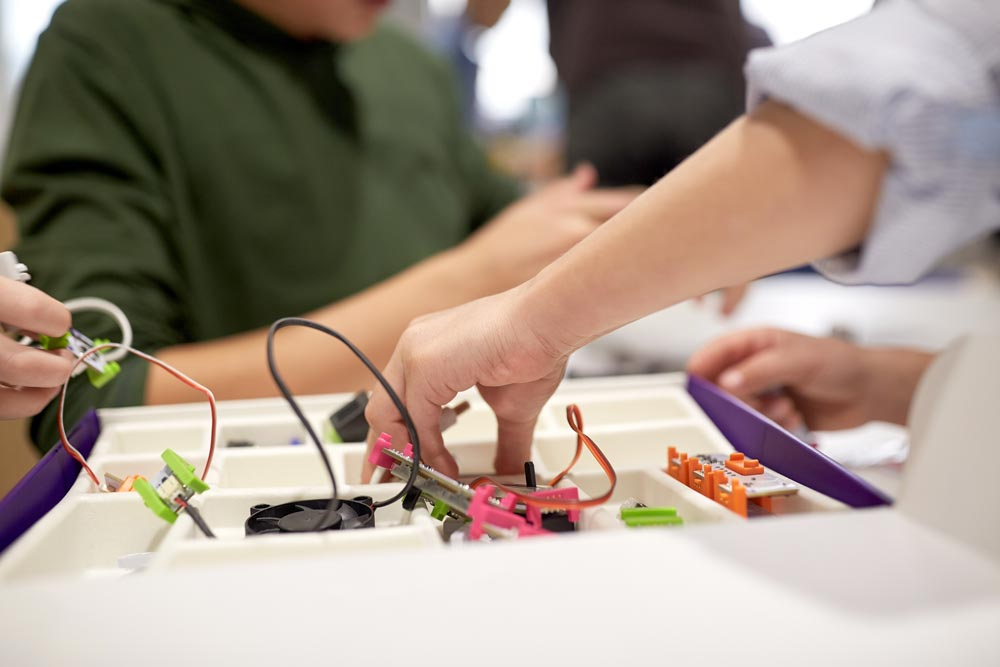 makerspace-electronics